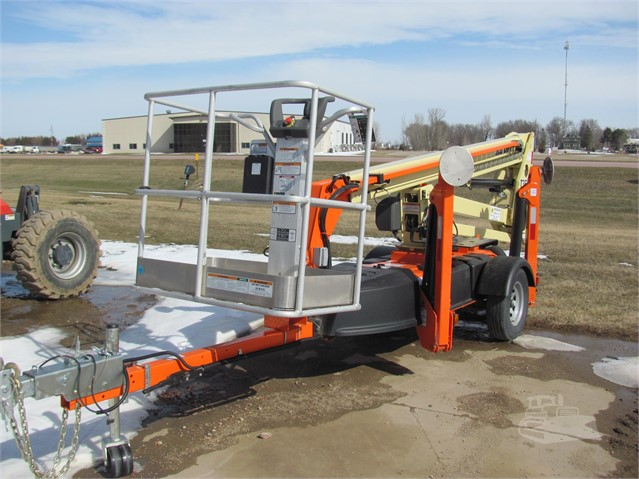 One day rental of 35' Lift, valued at $165-